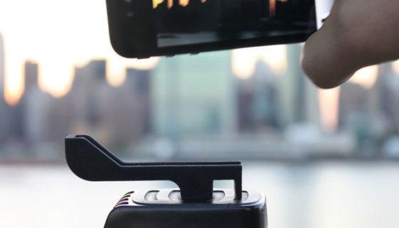 The Glif für das iPhone 5